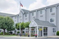 Unc Greensboro Hotel Offers Better Accommodation To Business Travelers For Information On Near Bennett