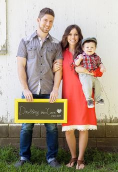 Today for Jessa's Due Date I am throwing it back to their announcement. When do you think that baby Seewald will be born?