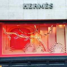 WEBSTA @ windowshoppings - #hermes #windowdisplay #windowshopping #windows #window #display #visualmerchandising #visual #london