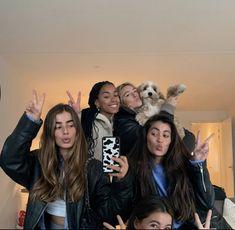 I Need Friends, Cute Friends, Best Friends, Friends Girls, Best Friend Pictures, Friend Photos, Friends Group Photo, Best Bud, Gal Pal