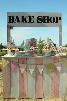How to build your own vintage bake shop stand.