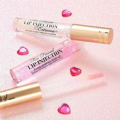 Parce qu'on a toutes parfois envie d'un peu tricher sur le volume de nos lèvres, on aime les lip injection de @toofaced ;) #lips #toofaced #linkinbio