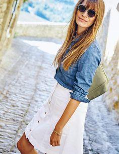 La jupe blancheJupe évasée, Boden, 79,50 €