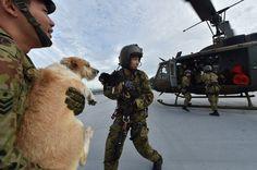 自衛隊員「安心のため救助続ける」 現場で続く救出活動【画像】