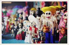 Dia De Los Muertos figures. Love.