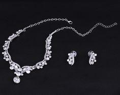 svadobná bižutéria s krištálikmi Silver, Jewelry, Fashion, Moda, Jewlery, Jewerly, Fashion Styles, Schmuck, Jewels