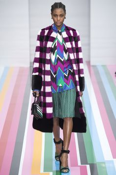 #SalvatoreFerragamo  #fashion  #Koshchenets      Salvatore Ferragamo Fall 2016 Ready-to-Wear Collection Photos - Vogue