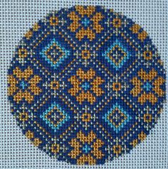 Beautiful Hand Painted HP Ornament Round  Needlepoint Canvas 18 mesh