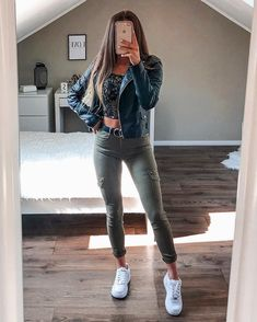 Visit our site for more Dress, Jeans and Outfits Ideas for You Swag Outfits For Girls, Teenage Girl Outfits, Cute Comfy Outfits, Girls Fashion Clothes, Teen Fashion Outfits, Girly Outfits, Simple Outfits, Pretty Outfits, Stylish Outfits