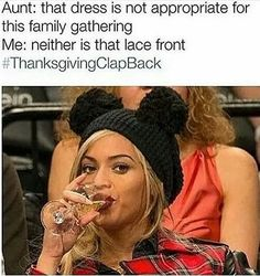 Here are 16 more hilarious Thanksgiving memes that will give you a good laugh tonight. Funny Relatable Memes, Funny Posts, Funny Quotes, Funny Comebacks, Funny Gifs, Thanksgiving Clapback, Christmas Clapback, Black Memes, Have A Laugh