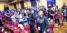 Youthful praise: Young Catholics from across the country gathered in Brisbane for the Singles for Christ National Conference in early October.  Photo: Emmanuel Johan Manalad.