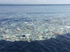 Dit is een voorbeeld van vervuiling van het milieu. Daarom  hebben wij ook afval op de voorkant van de klok.