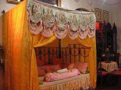 bed at Pinang Peranakan Mansion in Penang, Malaysia