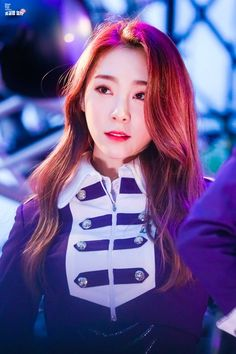 Photo album containing 8 pictures of Yeonjung Yuehua Entertainment, Starship Entertainment, Ioi Members, Jung Chaeyeon, Xuan Yi, Kim Sejeong, Cosmic Girls, Favorite Person, No One Loves Me