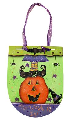 THE WITCH IS IN    Artist: Karen Strubel    Download Project   Download Pattern