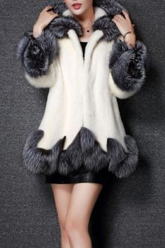 £: New Stylish Hooded Contrast Trim Faux Fur Tunic Coat