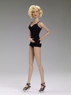 NWT Gentlemen prefer Blondes MARILYN MONROE finger puppet magnet plush toy