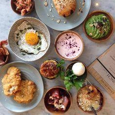 En ny og spændende cafe er åbnet ved søerne - @cafelivingstone er navnet. Skak du besøge den?#brunch #cafe #københavn #kbh #foodie #foodlife #instagram