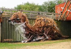 Bordalo II Weasel Street Art / Sculpture (from found objects in) Hamburg, Germany - at on most popular 10 Street Art pieces for July/August Animal Sculptures, Lion Sculpture, Trash Art, Colossal Art, Street Art Graffiti, Land Art, Street Artists, Public Art, Oeuvre D'art