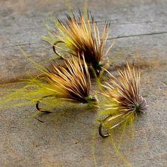 Tying for this weekend #flytyingjunkie #flyfishingjunkie #flytyingtable…