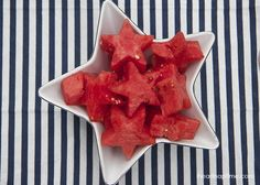 4th of July desserts -love these watermelon stars made from cookie cutters!