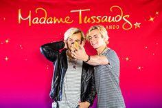 Ross Lynch, jovem ator e também músico, conheceu a sua figura de cera no Madame Tussauds Orlando, pela primeira vez, na data de ontem (21 de maio de 2015). O popular museu, que agora também se faz...