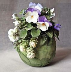 Flowers by Paola Avesani, cold porcelain's artist