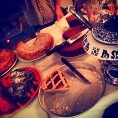 Raccoccó: Verde blanco rojo Waffles, Breakfast, White People, Green, Traditional, Food, Morning Coffee, Waffle