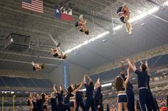 basket toss, cheer, cheerleading