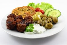 greek meatballs with olives and pitta bread