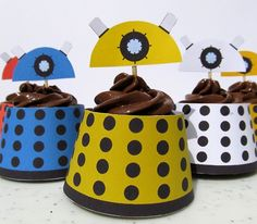 Blimey those cupcakes look absolutely… …Dalektable.