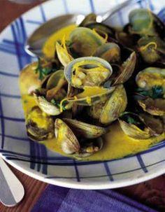 Palourdes au vermouth aux écorces d'orange et au curry