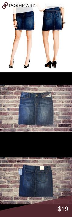 """Tommy Hilfiger Jean Skirt New Tommy Hilfiger Jean Skirt with five pockets in a size 8. 98% cotton 2% elastic. Length 18"""" waist 32"""" Tommy Hilfiger Skirts"""