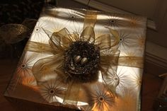 Beautiful Christ mas gift wrapping ideas Beautiful Christmas gift ideas, Gift wrap, Gift wrapping, How to give a beautiful christmas present, Christmas gift wrap ideas Christmas presents