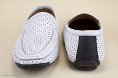White handmade shoes. - Scarpe artigianali bianche. http://store.pakerson.it/man-s-moccasins-32037-bianco.html