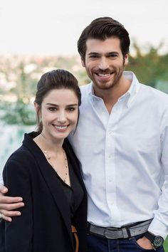 Ozge Gurel as Nazli and Can Yaman as Ferit in the Turkish series DOLUNAY, 26 Episodes. Turkish Men, Turkish Beauty, Turkish Fashion, Turkish Actors, Romantic Movies, Romantic Couples, Its A Mans World, Love Stars, Sweet Couple