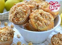 Morbido e croccante si uniscono per un #muffin dal sapore unico: Tortini alla mela e sciroppo d'acero con copertura croccante.  Clicca e scopri la #ricetta...