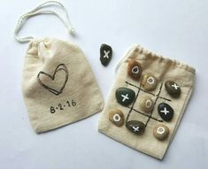 Kids Wedding Activities- Wedding Games- Tic Tac Toe Game Keep the kids entertained at your wedding or reception! Drawstring muslin bag comes with tic tac toe board on one side and a heart with your wedding date on the other. Inside there are 5 Xs and 5 Os Wedding Favors And Gifts, Wedding Favour Games, Barn Wedding Favors, Handmade Wedding Favours, Wedding Favor Bags, Personalized Wedding, Wedding Ceremony, Homemade Wedding Favors, Wedding Venues