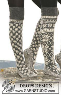 "Ravelry: 110-41 socks with pattern in ""Karisma"" pattern by DROPS design-free pattern"