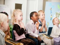 Ministry-To-Children is a website that helps you with free Bible lessons, children's ministry curriculum, ideas for children's church and activities for kids Sunday school. Childrens Sermons, Church Ministry, Ministry Ideas, Christian School, Christian Kids, Vacation Bible School, Helping Children, Kids Church, Church Ideas