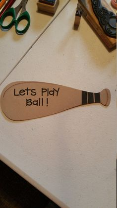 Check out this item in my Etsy shop https://www.etsy.com/listing/287883125/set-of-ten-very-cut-ball-bat-birthday
