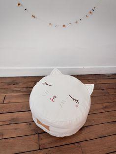 Pussy cat pouf by Boramiri - love!