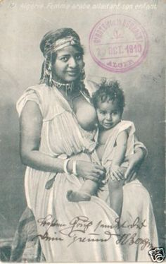 ALGERIA  Femme Arabe Allaitant son Enfant  1910  NUDE                                                                                                                                                                                 Plus
