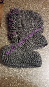 Ravelry: Inside Out and Back Again Scoodie pattern by Sarah Schmidt