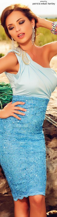 Only Fashion, Blue Fashion, Covet Fashion, Colorful Fashion, Womens Fashion, Fashion Design, Sexy Dresses, Beautiful Dresses, Dress Outfits