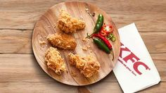 If you have been unable to get your Zinger or Dunked wing fix from some KFC stores, the outbreak of the strain of the bird flu virus is to blame. Food News, Food Food, Wing Recipes, New Recipes, Bird Flu Virus, Flu Outbreak, Kfc, South Africa, Wings