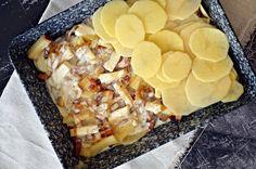 Krémes, francia rakott burgonya | Rupáner-konyha Cheese, Printers, Food, France, Essen, Meals, Yemek, Eten