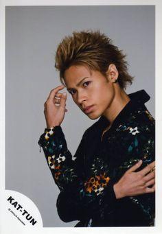 Miyagi, Japanese Boy, Asian Actors, I Saw, Boy Bands, Carving, Guys, Marble, Idol