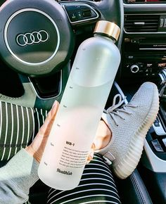 Healthish: Realistic Health Based Products A Golf Fitness Exercise Program Wi Cute Water Bottles, Best Water Bottle, Water Bottle Design, Glass Water Bottle, Drink Bottles, Plastic Bottle, Body Guide, Copo Starbucks, Aesthetic Food