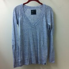 American Eagle Outfitters - Cotton Sweater Excellent condition. I am open to offers and no trades. American Eagle Outfitters Sweaters